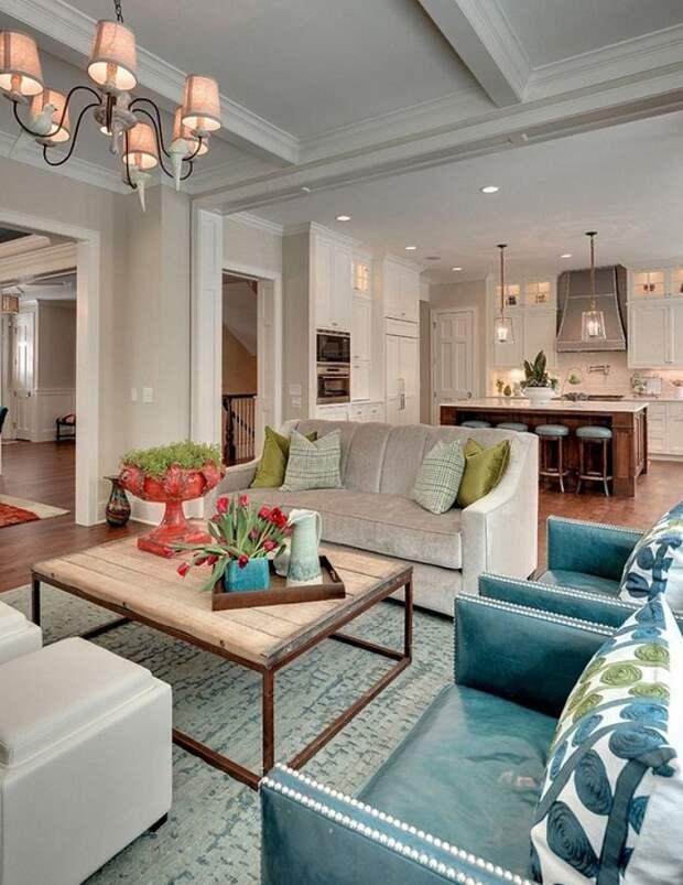 Крутое решение создать отличную обстановку в помещении благодаря совмещению комнат, что создаст своеобразный интерьер.
