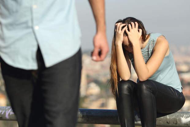 Почему большинство мужчин при появлении детей уносит аист?