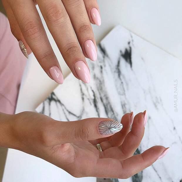 Простой лайфхак, который поможет выбрать правильный нюдовый лак для ногтей