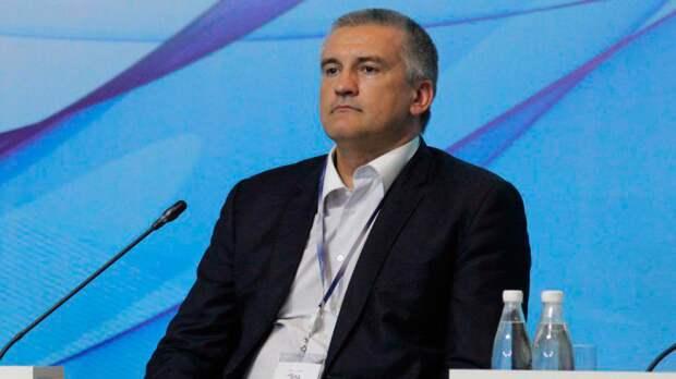 Аксенов намерен доложить Путину о ситуации в Крыму