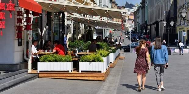 Летние кафе и веранды в Москве можно будет посещать без QR-кода до 12 июля / Фото: Ю.Иванко, mos.ru