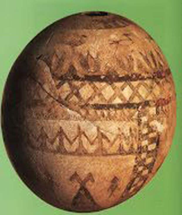 яйцо из Vulci (середина VII века до н.э.)