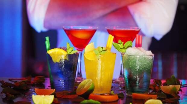 Американские диетологи назвали пять мешающих похудению напитков