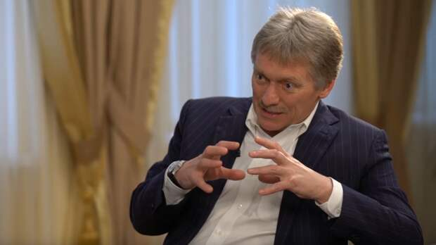 """Песков объяснил, почему Путин сказал о """"недобитых карателях"""" в День Победы"""