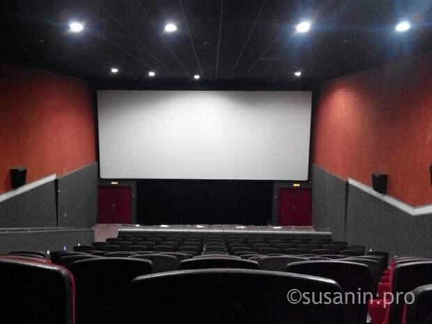 В Удмуртии открыли театры и кинотеатры
