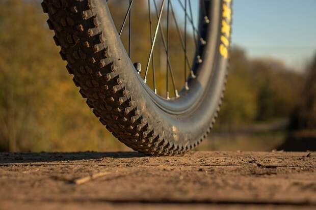 Легковушка насмерть сбила велосипедиста в Крыму