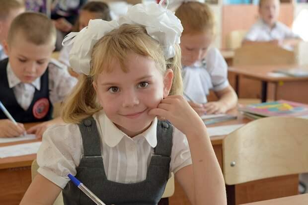 В школах Удмуртии будут закрывать класс на карантин в случае выявления коронавируса у учащегося