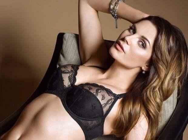 Правда ли, что в модельном бизнесе все через постель, а все девушки — тупые. Отвечает «Мисс Беларусь»