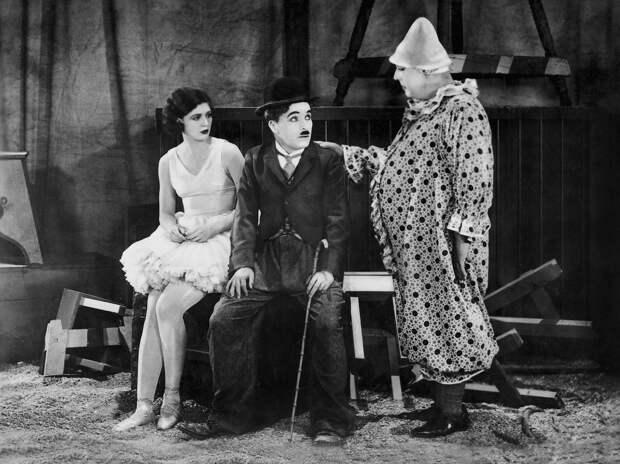 Гитлер и бродяга: главные фильмы Чарли Чаплина