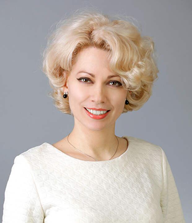 """Татьяна Боженко, депутат """"ЕР"""", обратилась к недоволным пенсионной реформой"""