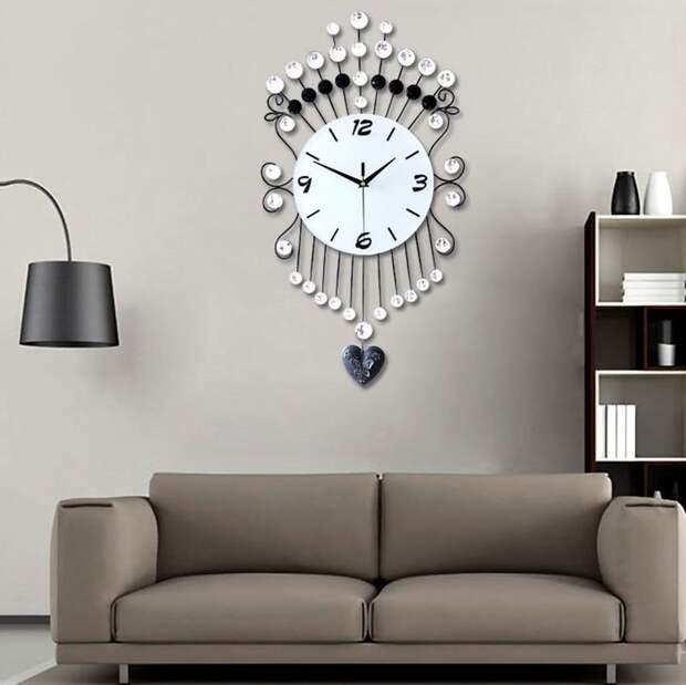 Часы в интерьере фото 25
