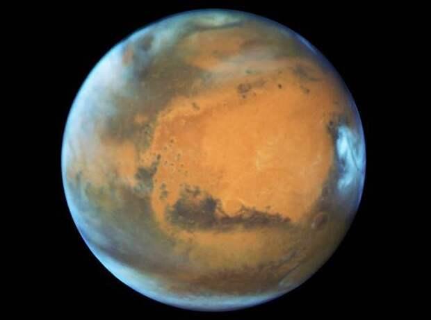 Китайский космический аппарат приземлился на Марсе (фото, видео)