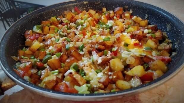 Фото к рецепту: Быстрый и простой ужин без мяса