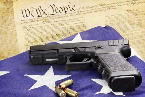 Американская девушка собиралась расстрелять 400 человек в бывшей школе: что не так с США?