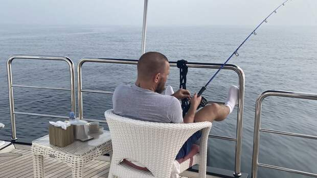 Макгрегор отрицает, что Гиллеспи— лучший рыбак вММА. Вдискуссию вмешался Порье