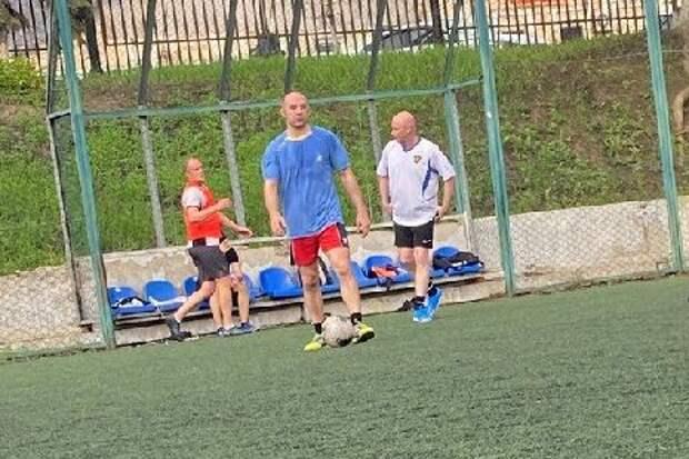 Новый вице-губернатор продемонстрировал отличную физическую форму на тамбовском стадионе