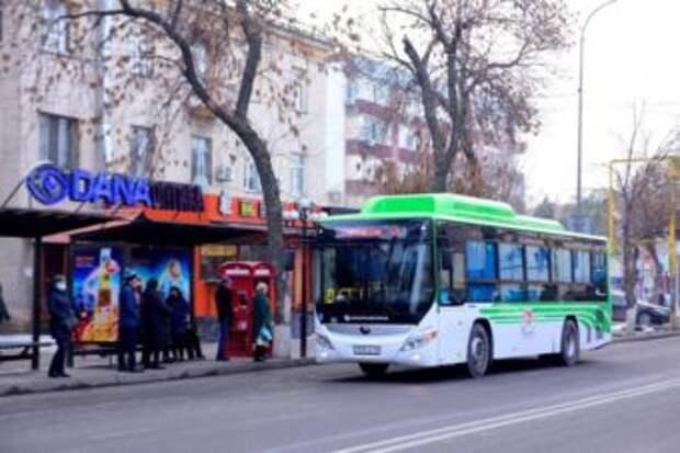 В Шымкенте запущен новый сервис по оплате проезда в автобусе