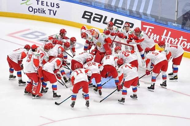 Россия завершила вничью 2:2 с Канадой первый период финала ЮЧМ-2021 по хоккею