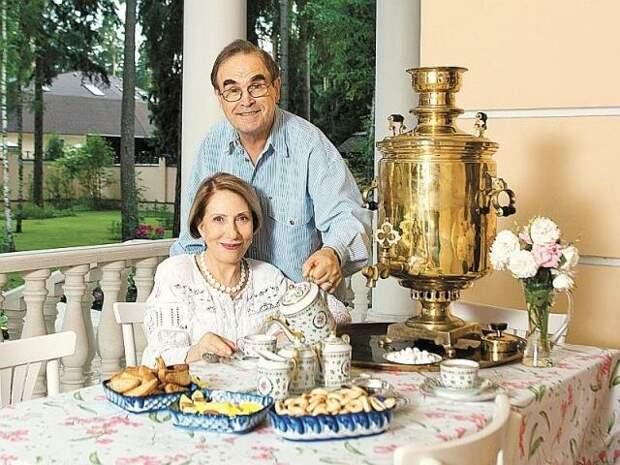 Настоящая усадьба ХIХ века: восхитительный дом Инны Чуриковой
