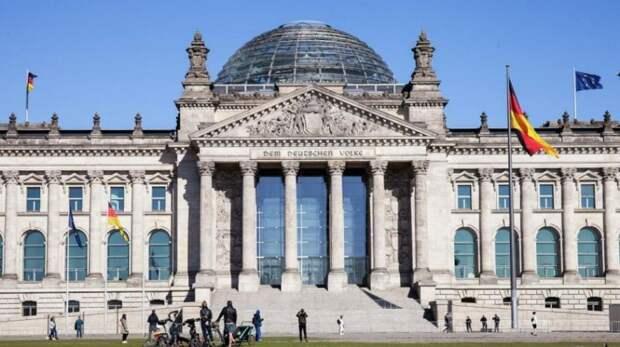 В бундестаге рассказали о подготовке Германии к войне с Россией