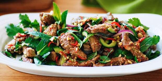 10 салатов для тех, кто любит мясо