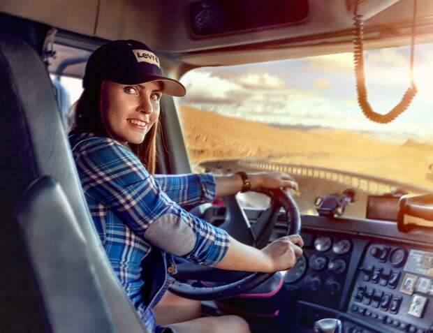Не женское это дело - машину водить!