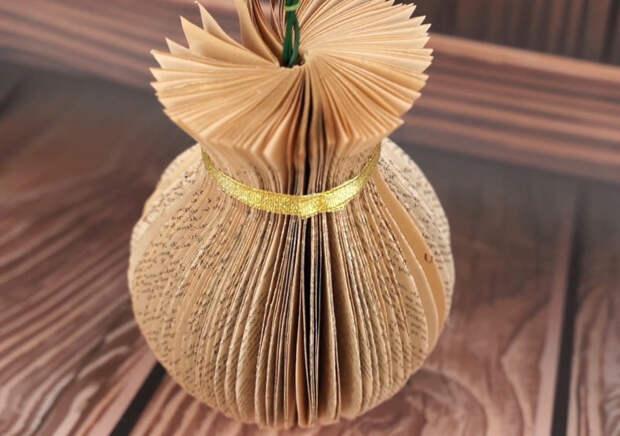 Стильное перевоплощение старой книги: очаровательный элемент декора для дома