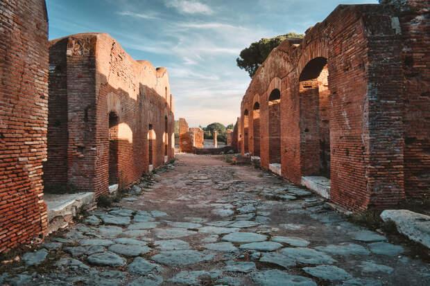 Ostia (ancient ruins) by Nicola Tumino on 500px.com