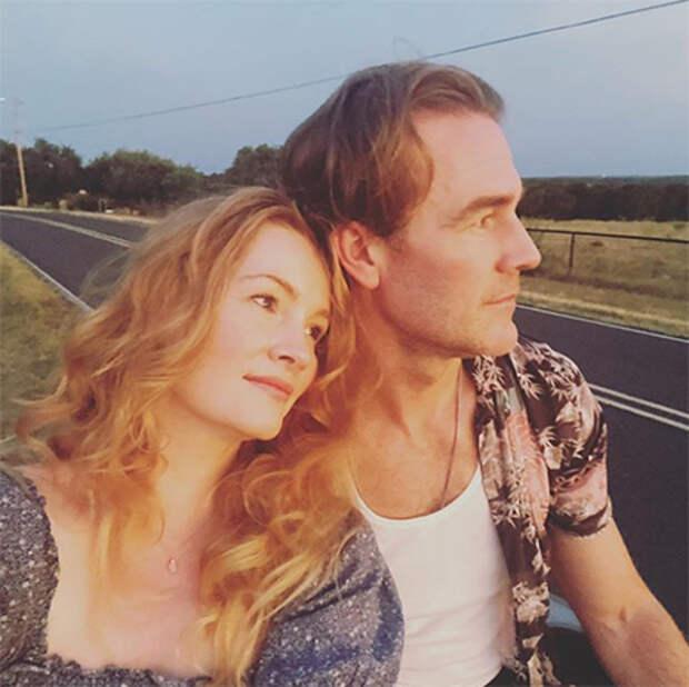 Джеймс Ван Дер Бик рассказал романтичную историю знакомства с женой по случаю 10-й годовщины свадьбы