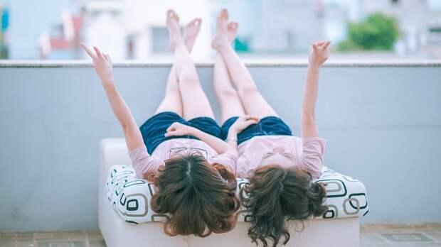 Генетик объяснил, в каких семьях обычно рождаются близнецы