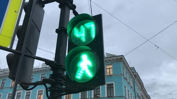 Дептранс Москвы назвал благоприятное время для выезда из города в пятницу