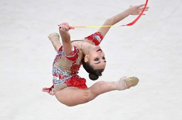 Гимнастка Дина Аверина выиграла многоборье этапа Кубка мира в Ташкенте