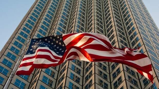 Отключение России от SWIFT может больно ударить по США