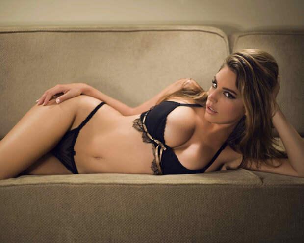 Келли Брук, тело которой ученые назвали самым красивым в мире