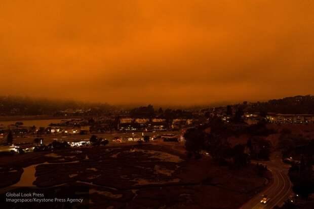 В Калифорнии некому тушить пожары — заключённых отпустили из-за Covid