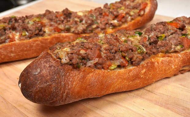 Ленивый мясной багет из фарша. Ставим в духовку на 20 минут и получаем сочную мясную выпечку