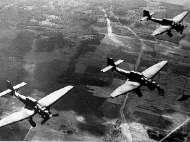 Военная судьба Варшавы и Ленинграда
