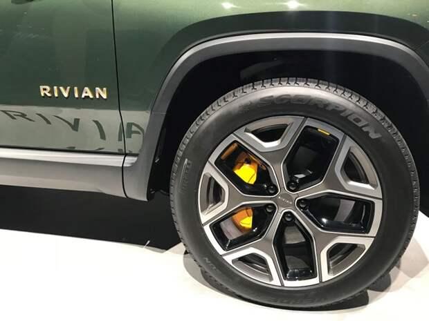 Pirelliсоздала шины для первого в мире электропикапа отRivian