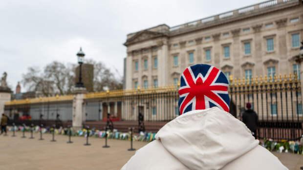 Небинарный кандидат победил на выборах мэра в Великобритании