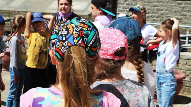 Более 300 детских лагерей откроют ввесенние каникулы вРостовской области