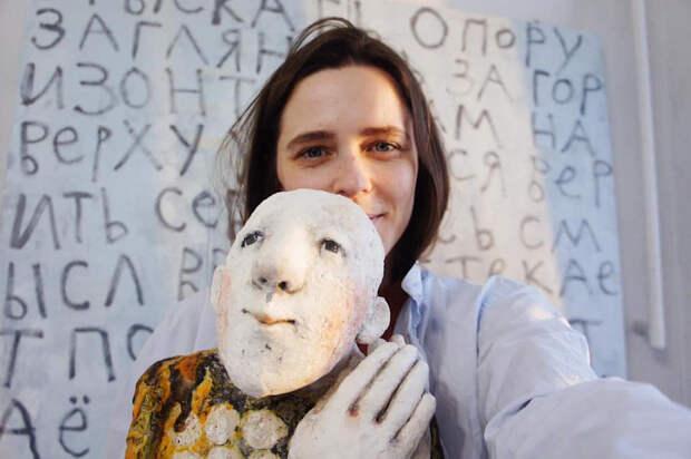 Художница с улицы Ирины Левченко создаёт керамических хранителей