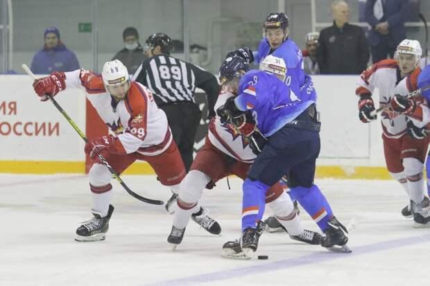 Пожар в Ижевске, проигрыш хоккеистов «Ижстали» и обжалование штрафов за нарушение ПДД онлайн: что произошло минувшей ночью