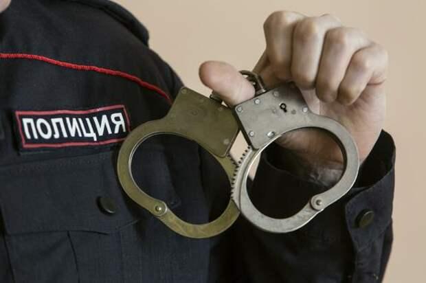В центре Санкт-Петербурга мужчина ранил ножом четырех человек