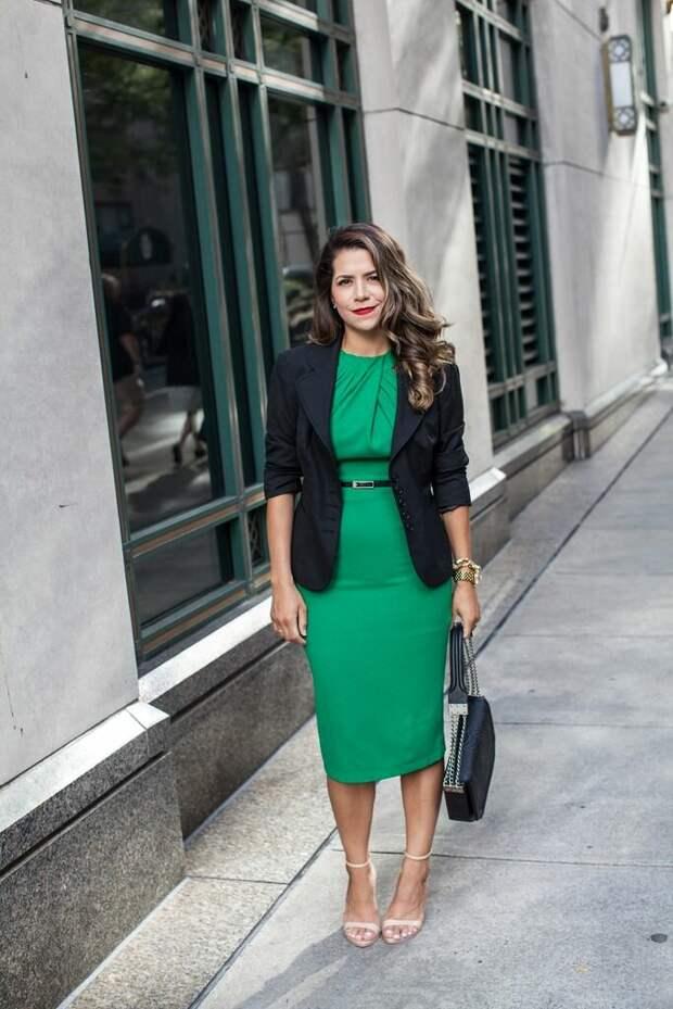 4 аргумента, почему вы должны носить платье на работу