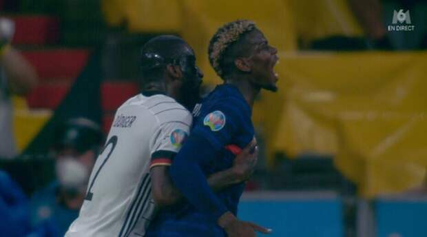 Рюдигер пытался укусить Погба во время матча Франция – Германия