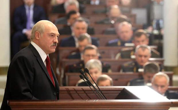 Рейтинг Лукашенко в Минске обвалился до катастрофических 15%