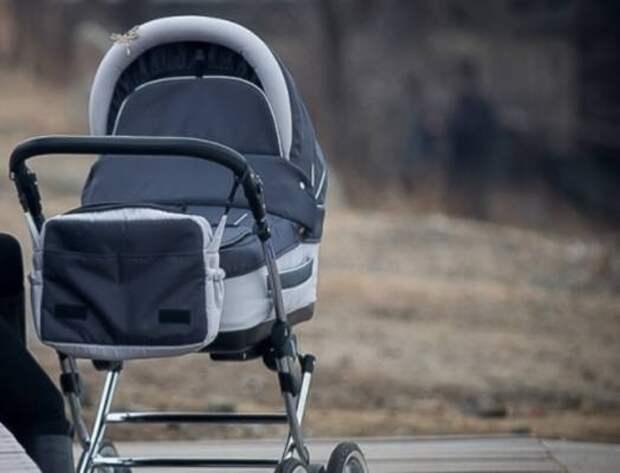 В Калининграде серийный веловор угнал детскую коляску