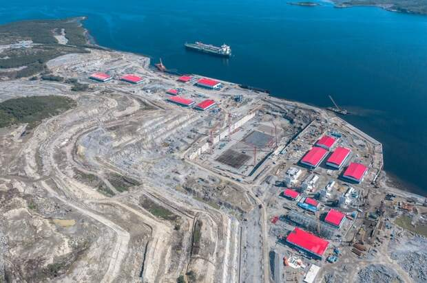 7 гигантских заводов, которые сейчас строятся в России