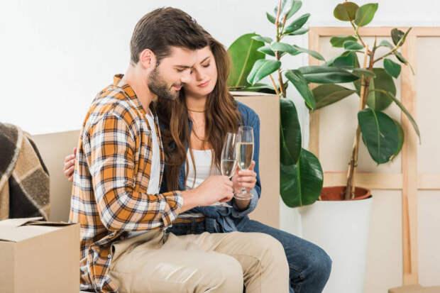 Искусство сидеть дома: чем заняться двоим, чтобы нескучать