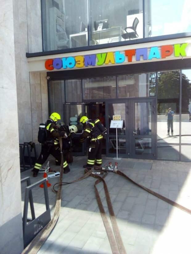 Пожарно-тактические учения с эвакуацией в павильоне №7 «Союзмультпарк»